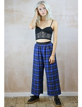 Blue Plaid Crop  Trousers by Yapyap