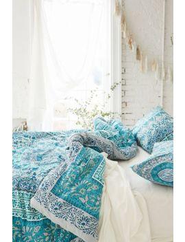 Plum &  Bow Katara Medallion Comforter by Plum & Bow