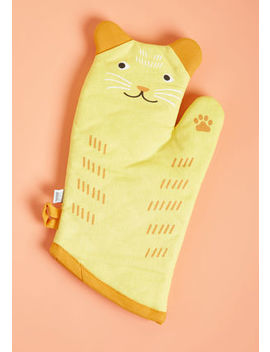 Feast Expected Oven Mitt Feast Expected Oven Mitt by Modcloth