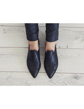 Pointy Flat Black Leather Handmade Shoes / Stella Shoes by Etsy