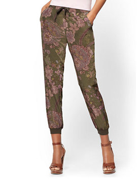 Slim Jogger Pant   Floral by New York & Company