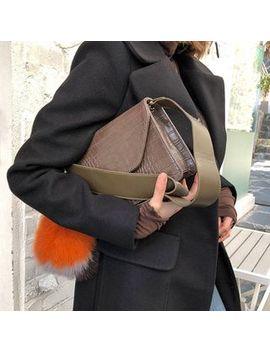 Croc Grain Flap Shoulder Bag by Dabagirl