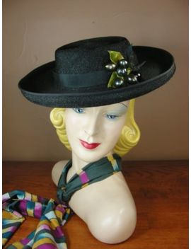 vintage-40s-50s-black-straw-wide-brim-platter-tilt-hat-w_-black-olives-f99 by ebay-seller