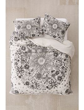 Iona Daisy Duvet Cover by Urban Outfitters