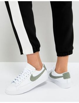 Nike Blazer Trainers In White And Khaki by Nike