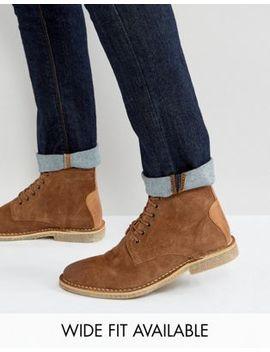 Asos – Desert Boots Aus Hellbraunem Wildleder Mit Lederbesatz – Wide Fit Verfügbar by Asos