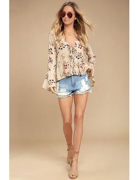 sweet-alyssum-blush-floral-print-long-sleeve-lace-up-top by lulus