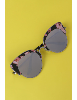 Marble Accent Plastic Frame Cat Eye Mirrored Sunglasses by Urbanog
