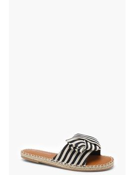 Isabelle Stripe Wrap Front Sliders by Boohoo