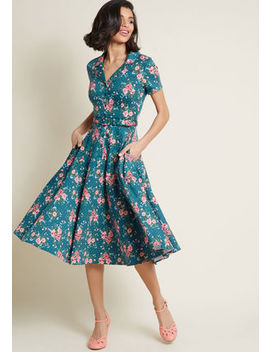 Collectif X Mc Cherished Era Shirt Dress Floral Dot Collectif X Mc Cherished Era Shirt Dress Floral Dot by Collectif