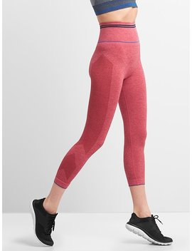 Gap Fit High Rise Seamless Chevron Print Capri Leggings by Gap