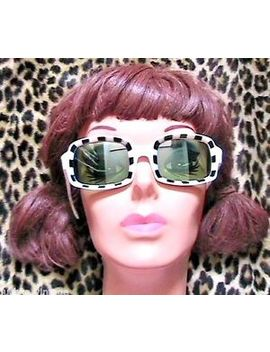 Unique 1960s Woman Mod Square Sunglasses  Black & White Check  Made In Italy New by Made In Italy