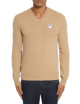 Play White Heart Wool V Neck Sweater by Comme Des GarÇons