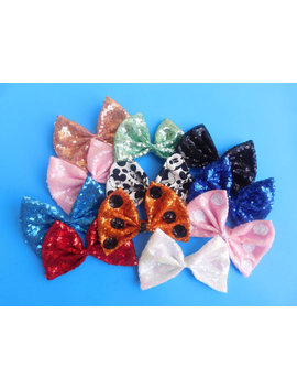 Interchangeable Bows! by Etsy