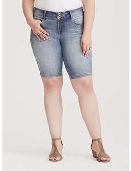 Premium Stretch Jegging Bermuda Short   Light Wash by Torrid