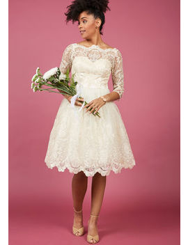 Chi Chi London Gilded Grace Lace Dress In Ivory In 8 Chi Chi London Gilded Grace Lace Dress In Ivory In 8 by Chi Chi London