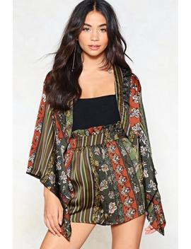 Print To The Finish Line Kimono And Shorts Set by Nasty Gal