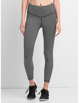 G Fast High Rise Blackout V Waist Leggings by Gap