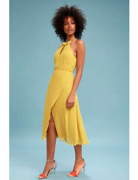 Skylines Golden Yellow Pleated Midi Dress by Keepsake