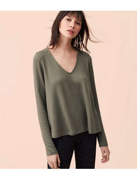 Lou &Amp; Grey Signaturesoft Swing V Neck Top by Loft