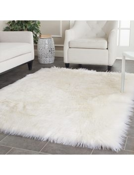 Silver Orchid Russell  Handmade Faux Sheepskin Ivory Japanese Acrylic Rug (5' X 7') by Silver Orchid
