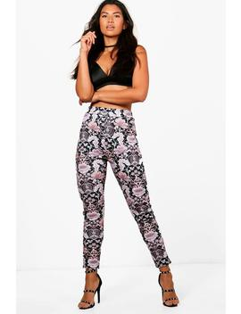 Mila Floral Skinny Stretch Trousers by Boohoo