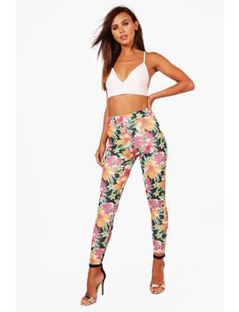 Petite Sara Tropical Print High Waisted Trouser by Boohoo