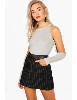 Kitty Cold Shoulder Knitted Rib Top by Boohoo