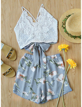 Lace Panel Criss Cross Bow Tie Back Cami Top With Floral Shorts by Sheinside