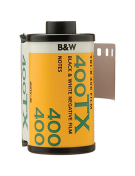 Professional Tri X 400 Black And White Negative Film (35mm Roll Film, 36 Exposures) by Kodak