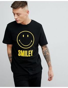 Pull&Bear Smiley Face Slogan Crew Neck T Shirt In Black by Pull&Bear