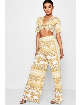 Mae Chain Print Crop And Wide Trouser Co Ord by Boohoo
