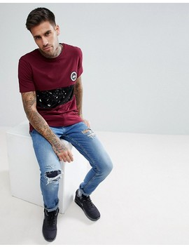 Hype Muscle T Shirt In Burgundy With Speckle Panel by Hype
