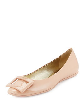Gommette Patent Ballerine Flat, Nude by Roger Vivier