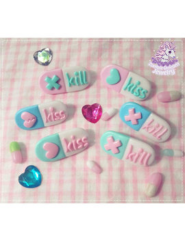 Kiss Me Kill Me Pill Brooch Menhera Yandere Yangire by Etsy