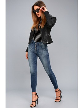Naomi Medium Wash Mid Rise Jeans by Pistola