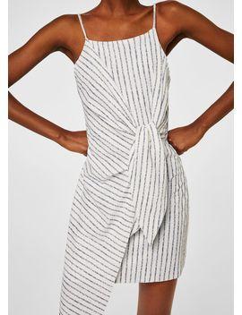 Asymmetrisches Kleid Mit Knotendetail by Mango