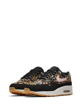 Air Max 1 Qs Sneaker by Nike