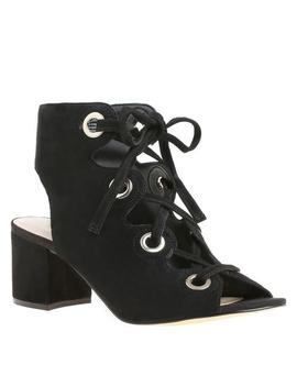 Gaines by Nine West
