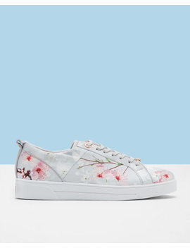 Sneakers Mit Oriental Bloom Print by Ted Baker