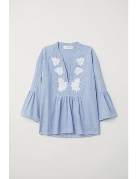 Bestickte V Bluse by H&M