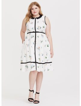 Her Universe Disney Alice Floral Skater Dress by Torrid