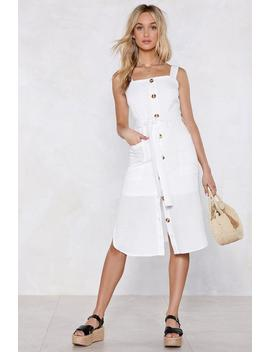 A Place In The Sun Midi Dress by Nasty Gal