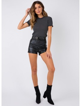 Shades Of Glory Cropped Tee Black by Princess Polly