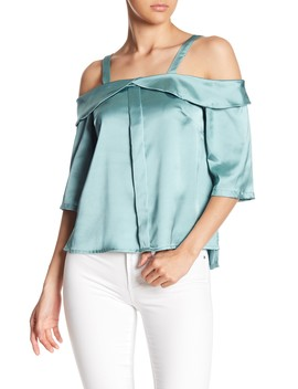 Off The Shoulder Top by Favlux