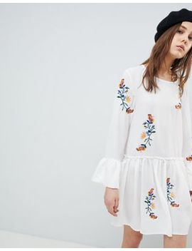 Qed London Embroiderred Smock Dress With Frill Sleeve by Casual Dress