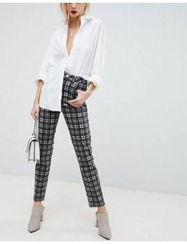 Asos Design – Farleigh – Mom Jeans Mit Hoher Taille Und Schwarz Weißem Karomuster by Asos Design