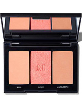 Color:Pop Of Blush by Morphe