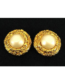 Chanel Vintage Faceted Pearl / Filigree Clip On Earrings Gold Plated (Ref 1440) by Etsy