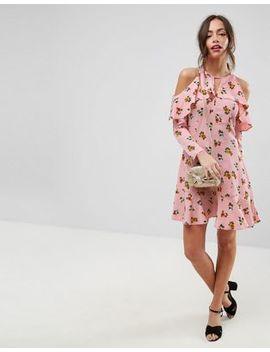 Asos – Kleid Mit Schulterausschnitten Und Streublumenmuster by Asos Collection